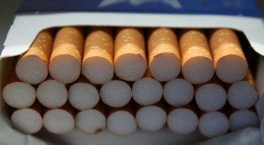 Sigarayı Kapalı Dolapta Satmayan Esnafa 5 Bin TL Ceza Verilecek